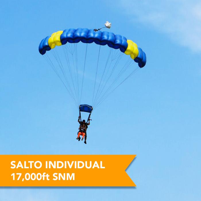 Salto en paracaídas en México